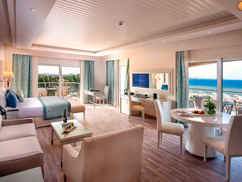 Le Reve Suite Prime Sea View and Pool View