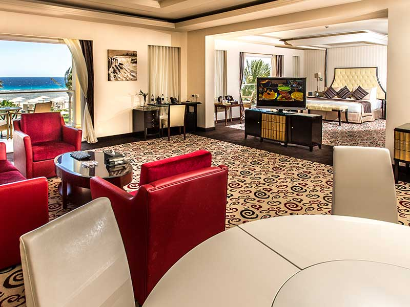 Premier Suite Prime Sea View and Pool View